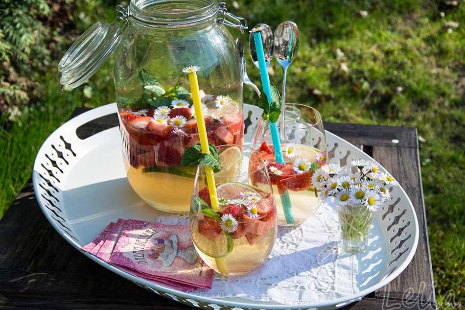 Erdbeerbowle 1 | Tatort Küche