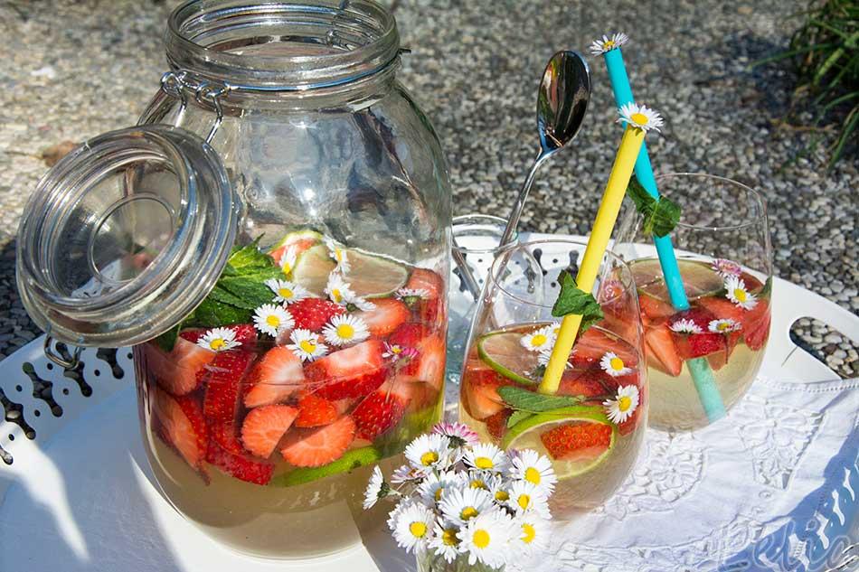 Erdbeerbowle 2 | Tatort Küche